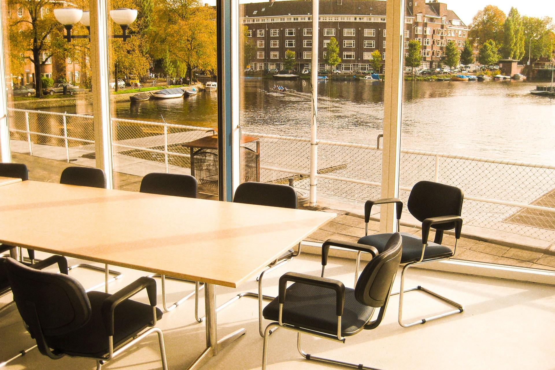 Vergaderruimte bij de Amstelzaal.